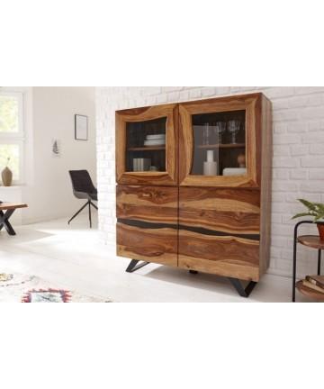Masywna drewniana witryna do salonu