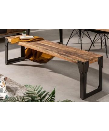 Masywna ławka w stylu industrialnym